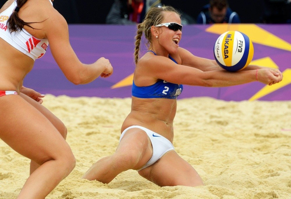 naked volleyball free videos