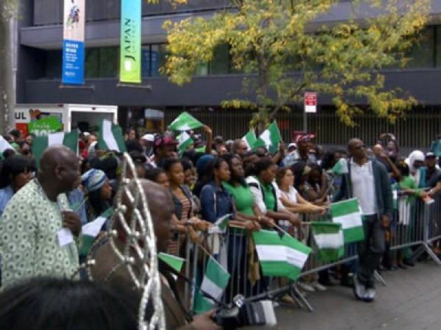 300000 Nigerians