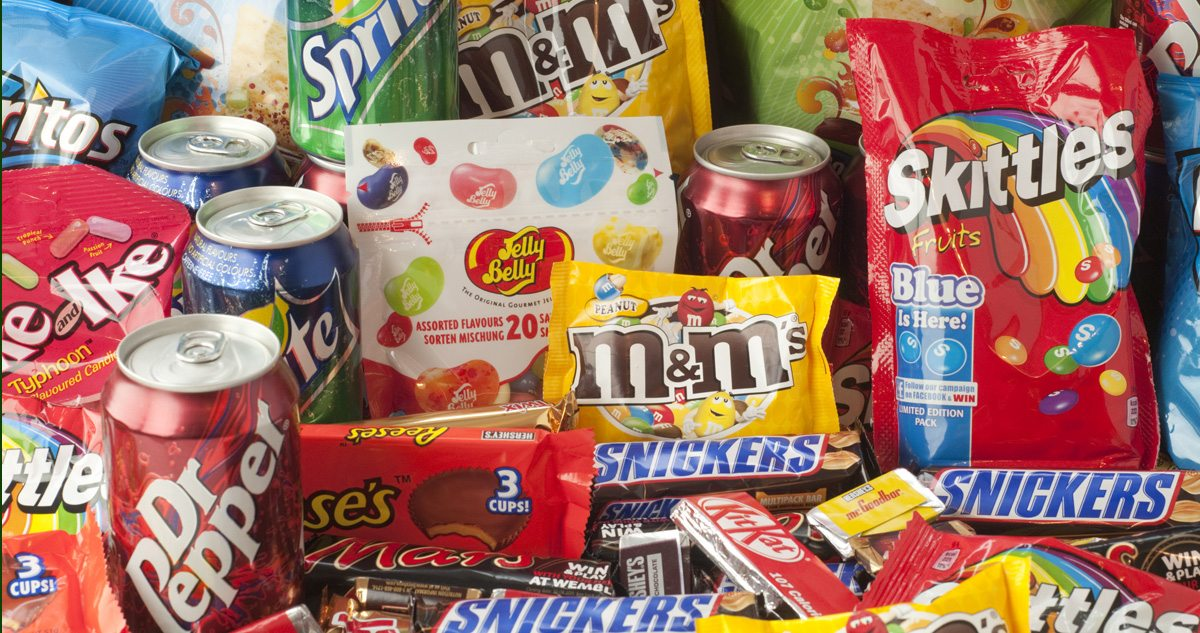 should the junk food ad be With childhood obesity rates on the rise, health canada is taking aim at junk food  ads that target kids ottawa will be consulting the public as.